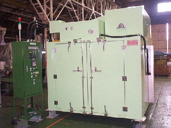 加硫:ゴム・バッチ型加硫装置 製品写真